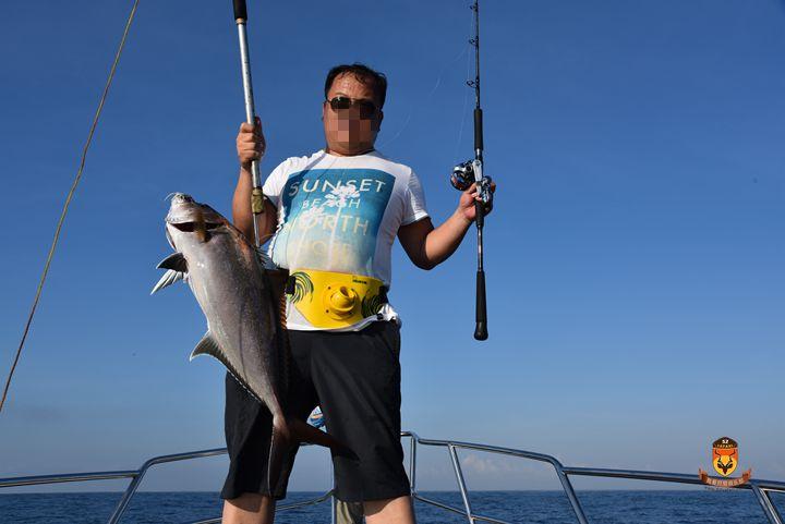 巴厘岛钓鱼 巴厘岛海钓 琥珀鱼 鲣鱼 金枪鱼 油鱼 马林鱼 期鱼 石斑鱼 红宝石鱼 豪华旅游 定制旅游 jigging popping GT鱼