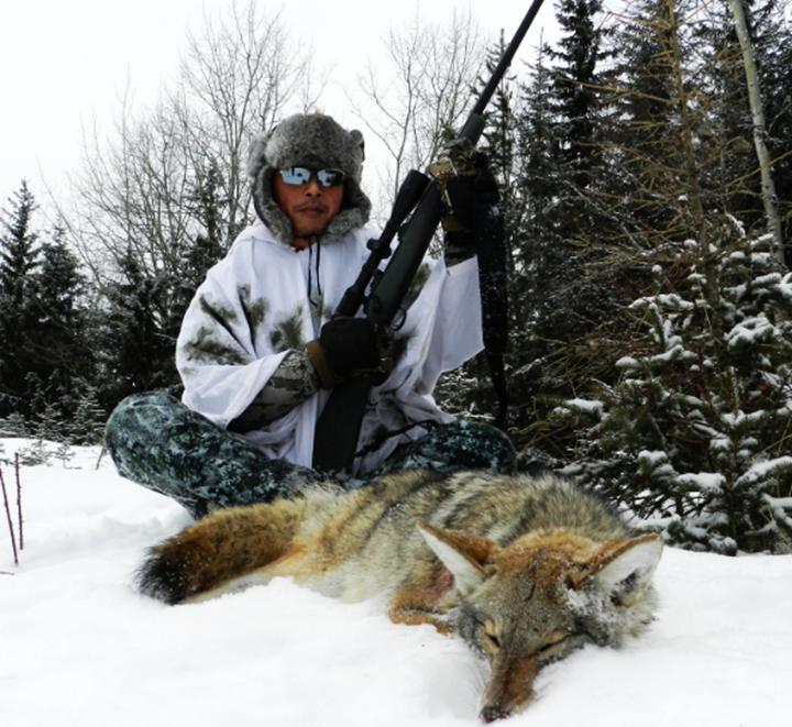 加拿大狩猎 北美洲狩猎 狩猎 打猎 高端定制 定制旅游 高端狩猎 全球狩猎 国内狩猎俱乐部 狩猎公司 狼狩猎 大灰狼狩猎