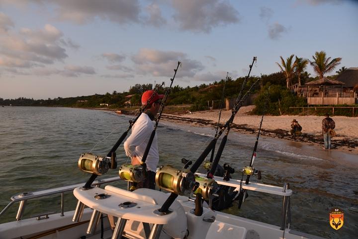 非洲海钓游艇