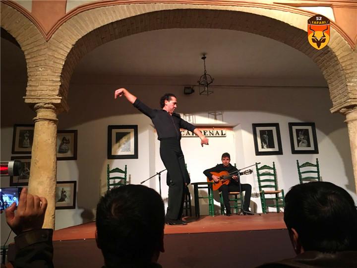 西班牙跳舞