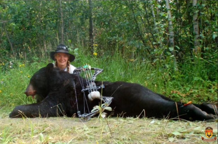 加拿大狩猎 国际狩猎 熊狩猎团