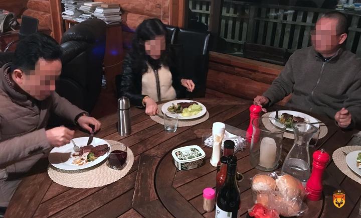 新西兰吃鹿肉
