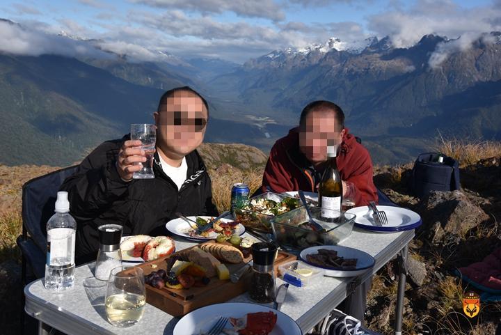 新西兰直升飞机旅游 新西兰抓龙虾 新西兰户外玩