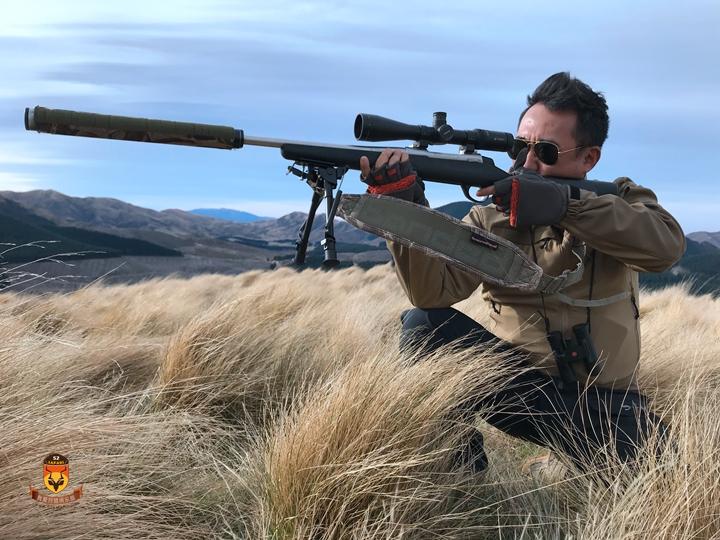 新西兰玩枪