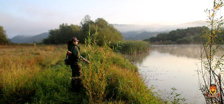 塞尔维亚鸭子狩猎团