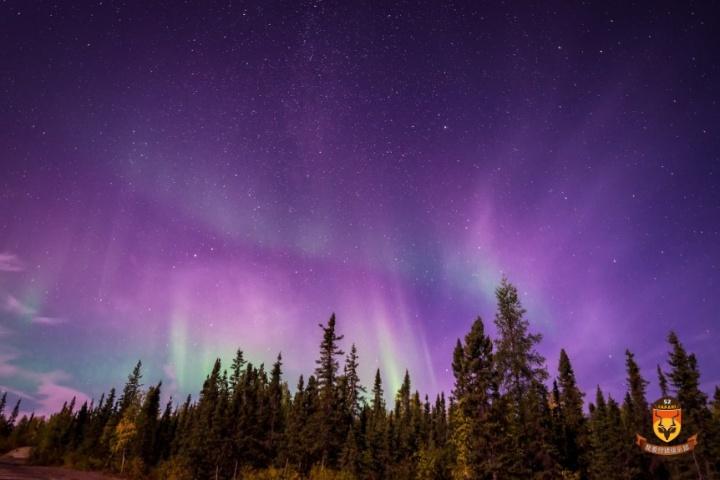 加拿大北极光旅游